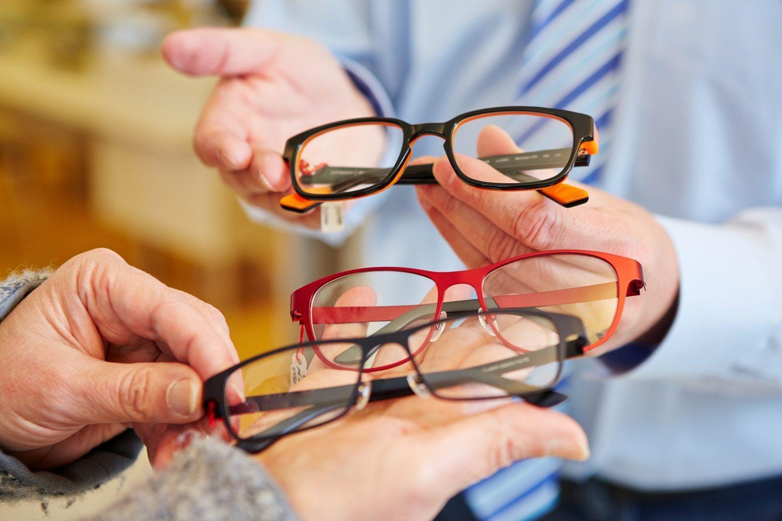 Почему линзы и очки ухудшают ваше зрение