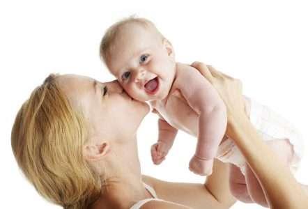 Малыш и мама. Первые часы жизни
