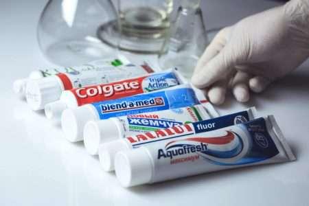 Токсичная зубная паста с фтором