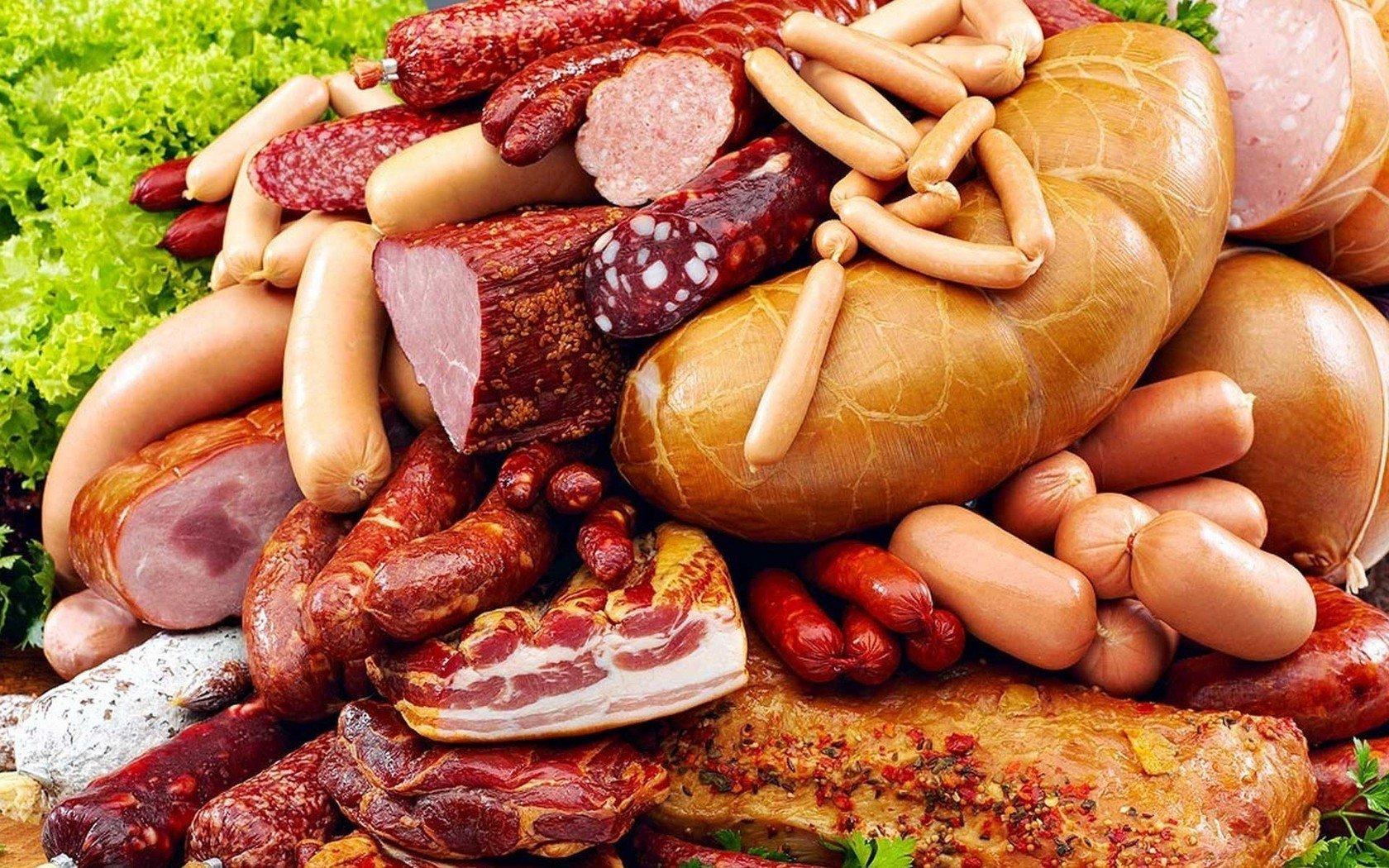 ВОЗ считает, что мясо и колбасы – виновники раковых заболеваний
