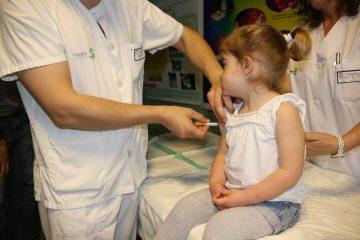 Детские прививки: ужасающая статистика