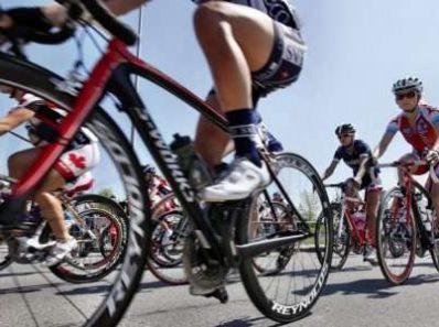 Поддержание энергетического баланса поможет защитить кости велосепедистов во время велогонок