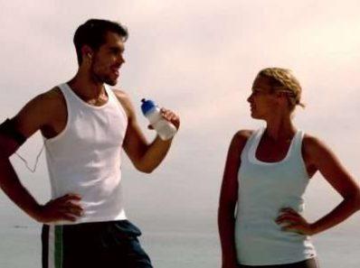 Тренировки в тепле могут улучшить спортивные результаты в условиях холода и жары