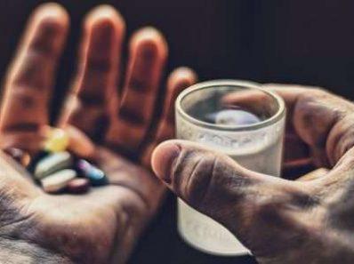 Вода вместо лекарства