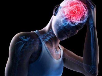 Сотрясение мозга повышает риск травмировать ноги