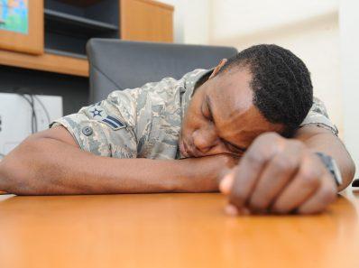 Нехватка сна влияет на результаты психологических тестов