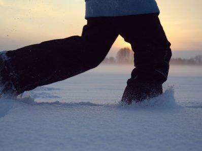 10 способов, с помощью которых вы легко выйдите на зимнюю пробежку