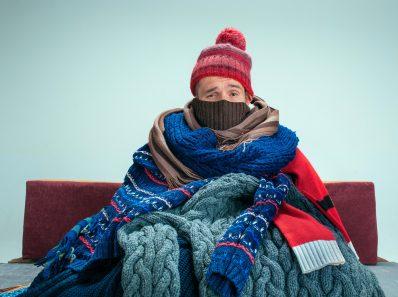 9 причин, почему человек замерзает даже когда тепло