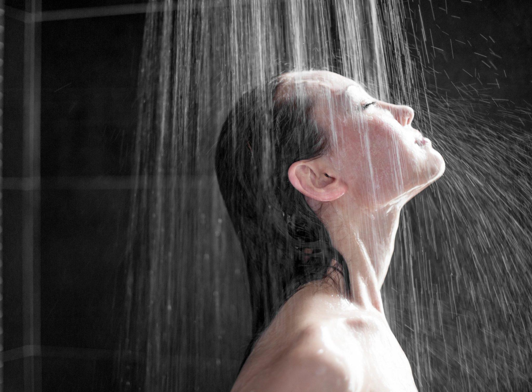 5 причин принимать холодный душ