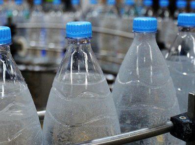 Что внутри вашей бутылки с водой?