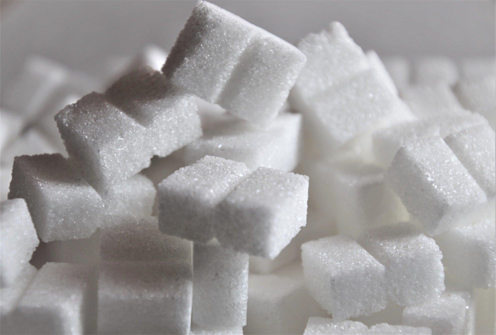 Фруктоза: скрытая причина дряблости (не калорий или недостатка упражнений)