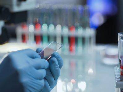 Новые вакцины против COVID-19 похожи на плавящийся шоколад