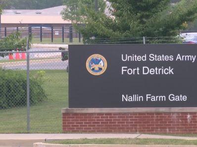 Почему был убит научный сотрудник лаборатории биологического оружия Форт Детрик