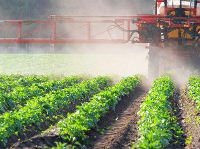 Pesticidy Scaled 1