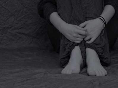 Самая большая причина беспокойства и депрессии - травматические жизненные события